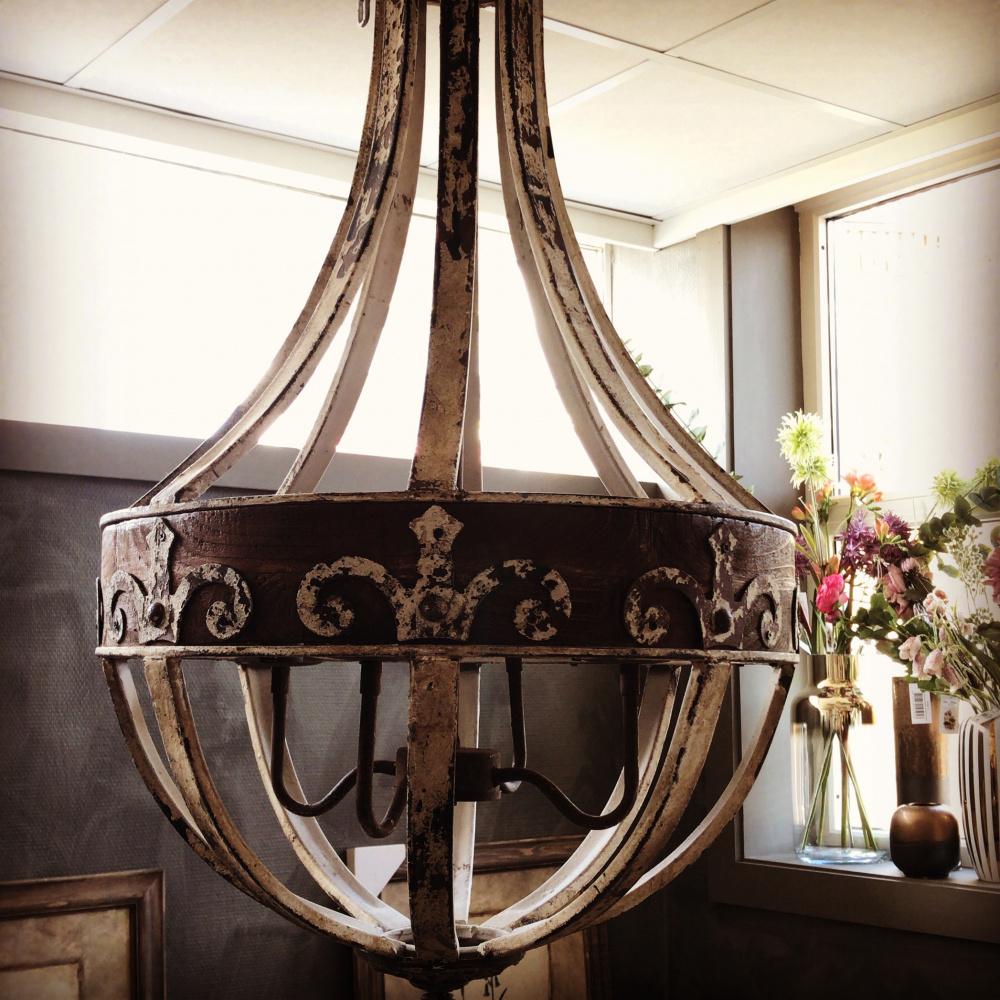 Stilig Lampe i tre med metalldekor rustikk Fosheim Interiør - Fosheim UV-24